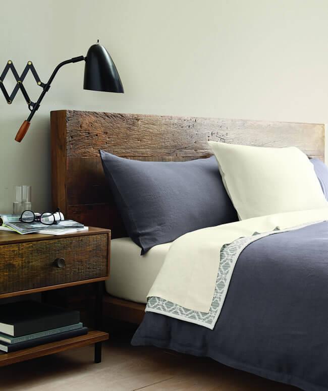 Crate and Barrel'dan yatak odalarınıza ferahlık veren nevresim takımları