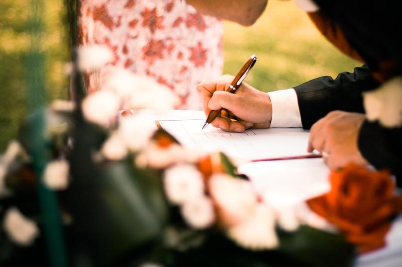 Abartılardan kaçmak gerek, böyle olunca düğün organizasyon firmasına da gereksiniminiz olmayacaktır.