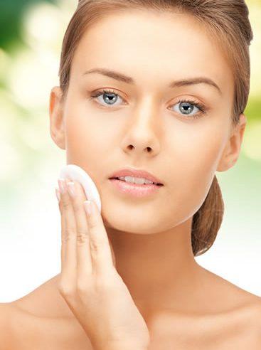 Makyaj temizleme suyu ve sütü, hassas tonik losyon, temizleme jeli ve köpüğü, hassas peeling ve hassas maske.