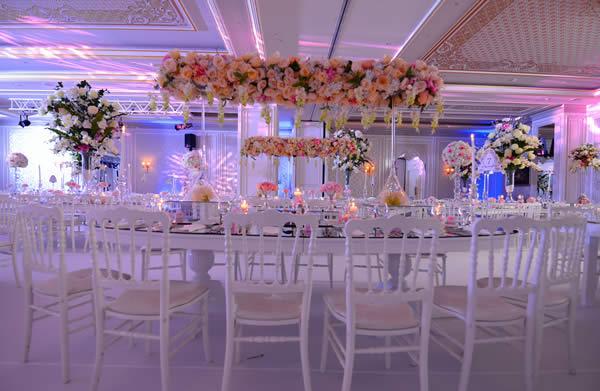 Düğün hazırlığı içinde olan gelin ve damat adayların en çok dikkat ettikleri konu, düğün mekanı seçimidir.