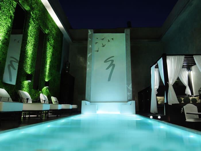 Buenos Aires'teki 5 yıldızlı 1828 Smart Hotel, dünyanın en akıllı otellerinden biri.