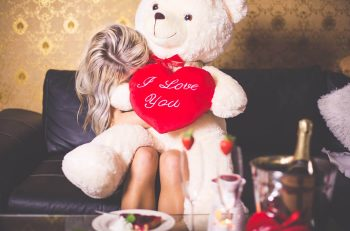Yaklaşan Sevgililer Günü İçin Hediye Önerileri